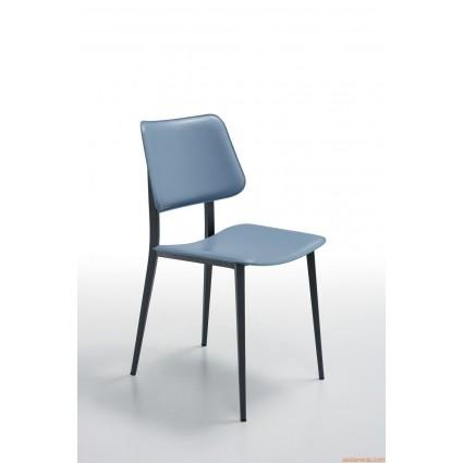 Joe S M CU stoel